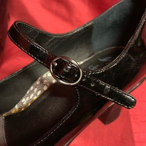 "Dansko Shoes - Dansko ""Bett Patent"" Black Maryjanes Size 39 (9)"